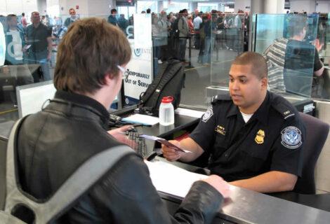 EEUU aprueba instalar control migratorio en aeropuertos de Río y Sao Paulo