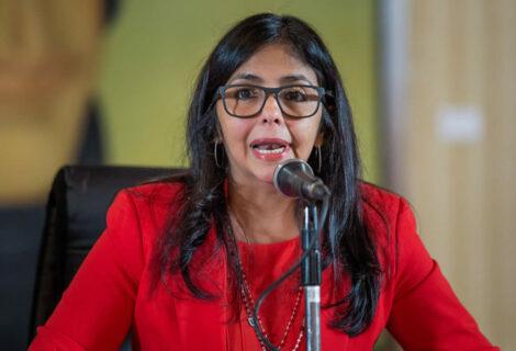 Delcy Rodríguez exigió respeto a sus pares de Argentina y Chile