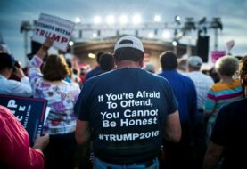Vídeo en el que Trump aplasta a latinos en frontera con México se hace viral