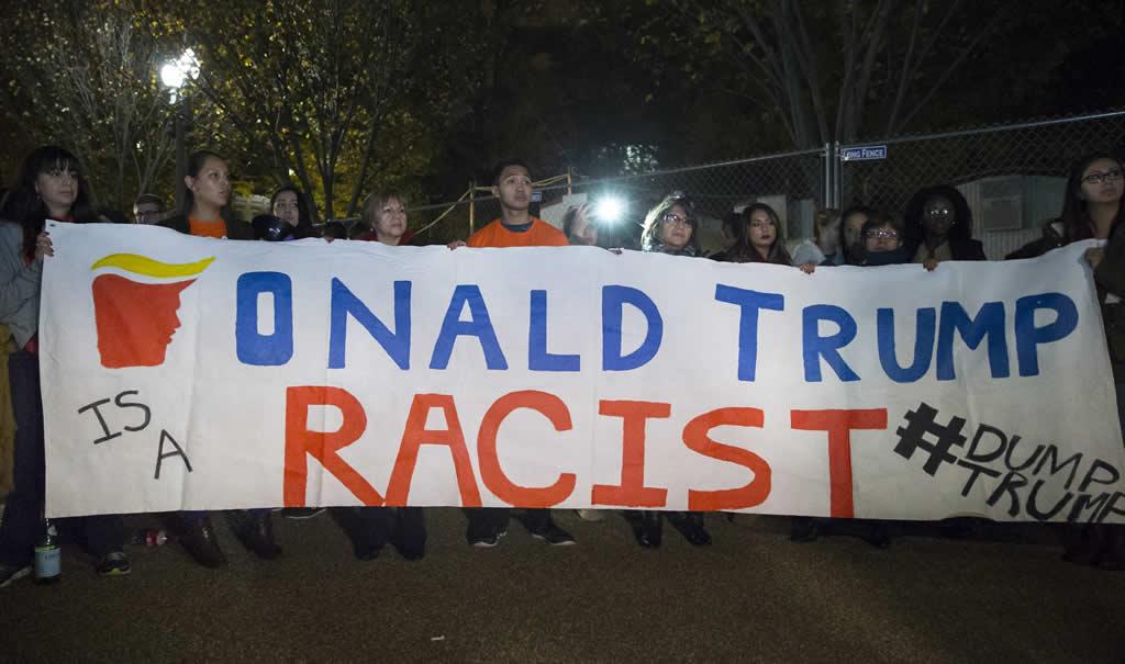 Inmigrantes recuerdan su duro camino a EEUU para tomar aliento frente a Trump