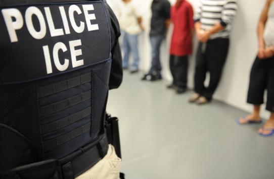 El 52 % de los procesos de la justicia federal en EE.UU. es por migración