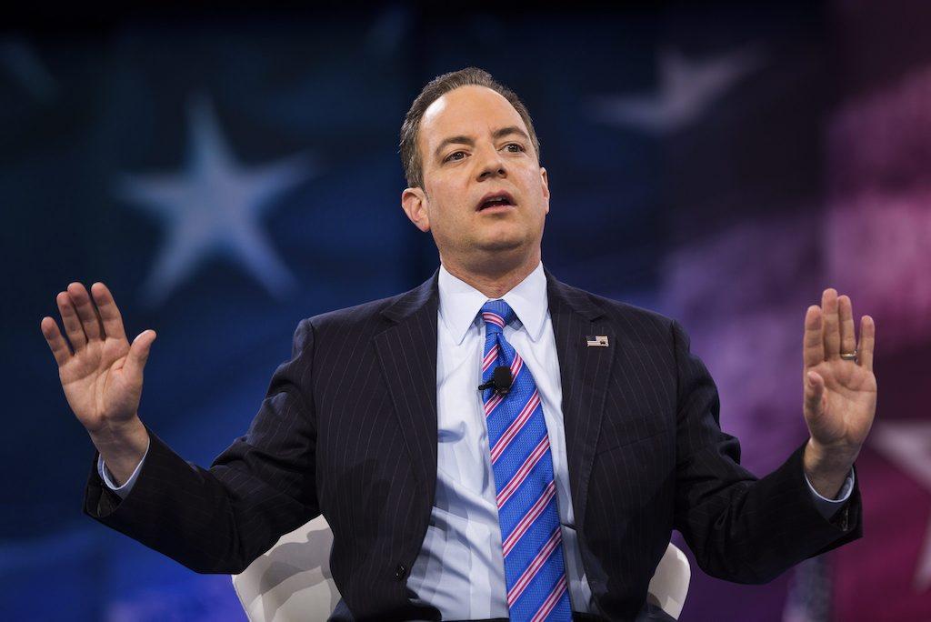 Líderes republicanos alaban elección de Priebus como jefe gabinete de Trump