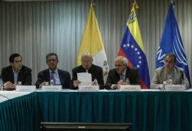 Oposición busca una salida electoral y Gobierno aboga por la paz en Venezuela