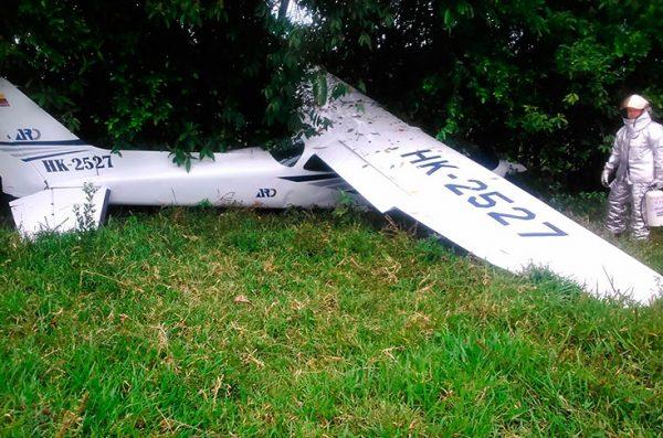 Accidente de aeronave en centro de Colombia deja un muerto y cuatro heridos