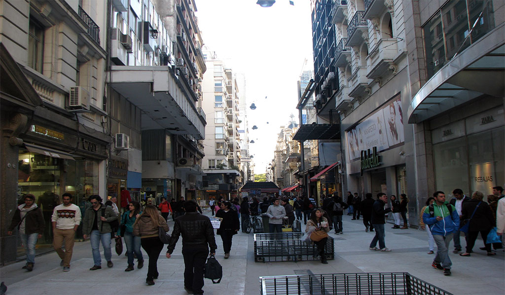 Argentina cree que emergencia social ayudará a reducir informalidad en empleo