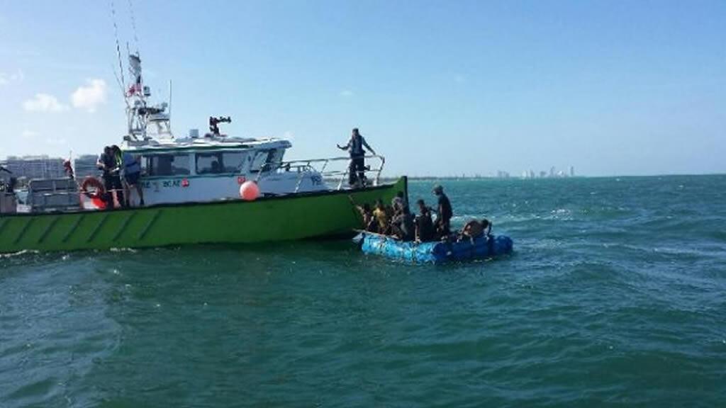 17 inmigrantes cubanos llega a islote en sur de Florida