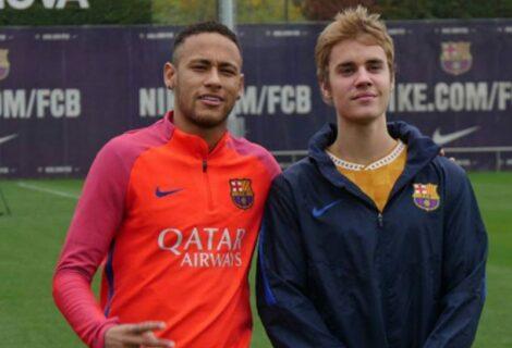 Justin Bieber pasa una mañana con las estrellas del Barça