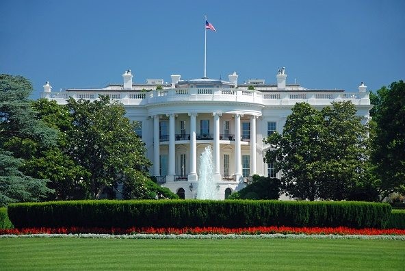 Casa Blanca advierte a Trump lo delicado romper acercamiento con Cuba