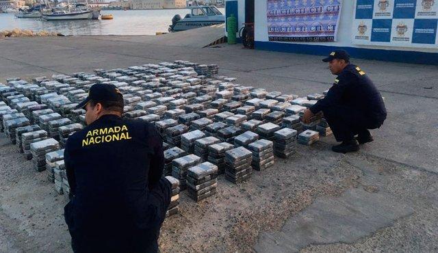 Autoridades se incautan de dos toneladas de cocaína en el norte de Colombia
