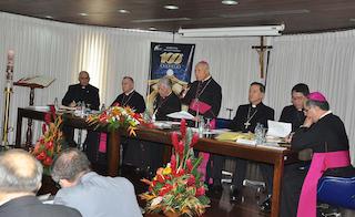 Obispos venezolanos: Si el diálogo no avanza, puede que haya una guerra civil