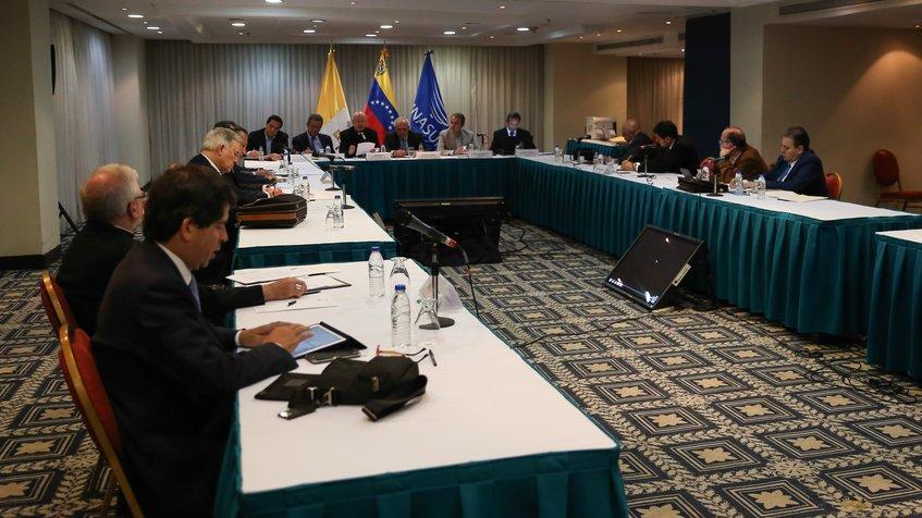 Venezuela se mantiene en diálogo a la espera de que se cumplan los acuerdos