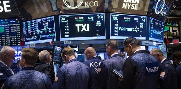 El Dow Jones de Industriales conquista por primera vez los 19.000 puntos