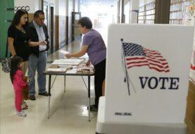 Votantes piden el recuento del voto en Florida en presidenciales de EE.UU.