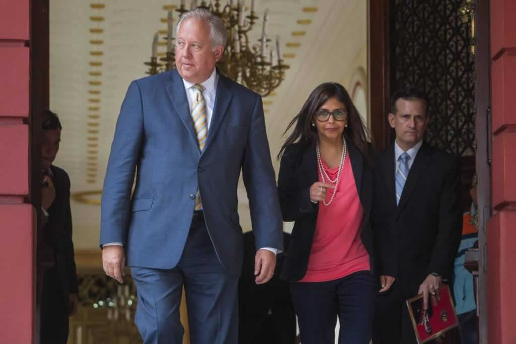 """EE.UU. cree que el diálogo en Venezuela debe concluir con """"agenda electoral"""""""