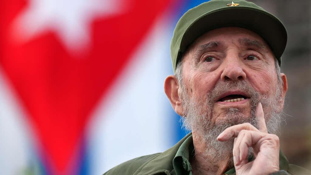 El mundo reconoce peso histórico de Castro, cuya muerte festeja la disidencia