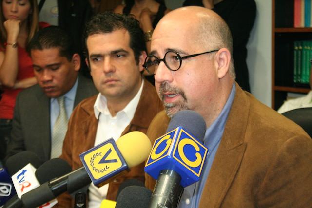 """ONG venezolana pide a mesa de diálogo amnistía general a """"presos políticos"""""""