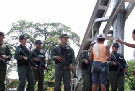 Colombia deportó 21 venezolanos que estaban ilegalmente en el país