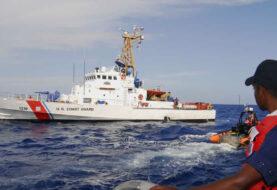 Llegan trece cubanos en balsa a uno de los cayos de Florida