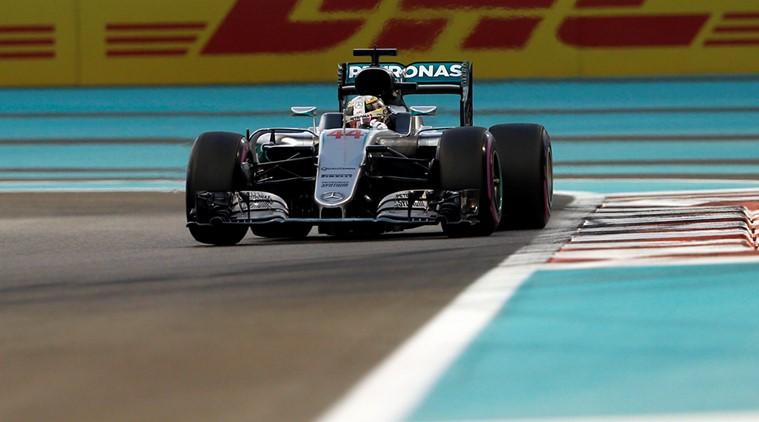 Hamilton gana la pole y Rosberg asegura el segundo lugar que le haría campeón
