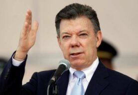 Santos lamenta muerte de Fidel Castro quien contribuyó a fin conflicto armado