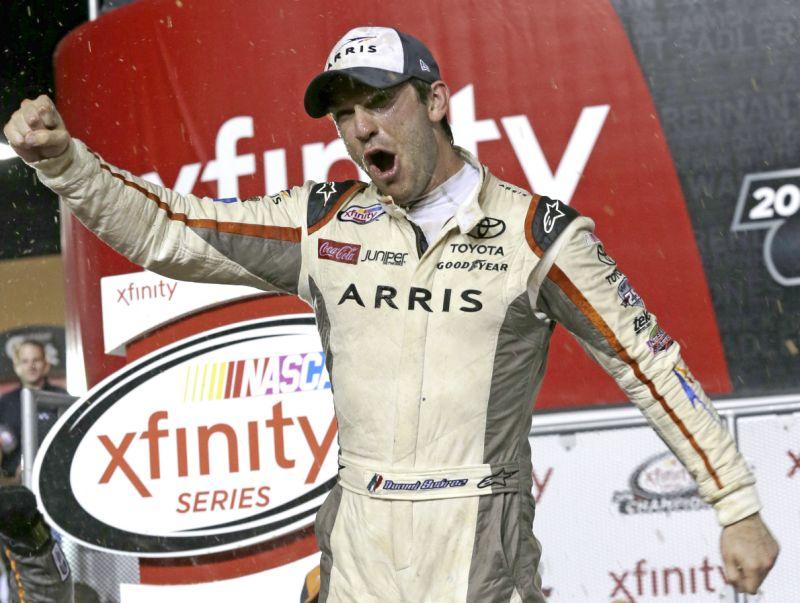 El mexicano Suárez, primer campeón latinoamericano en NASCAR