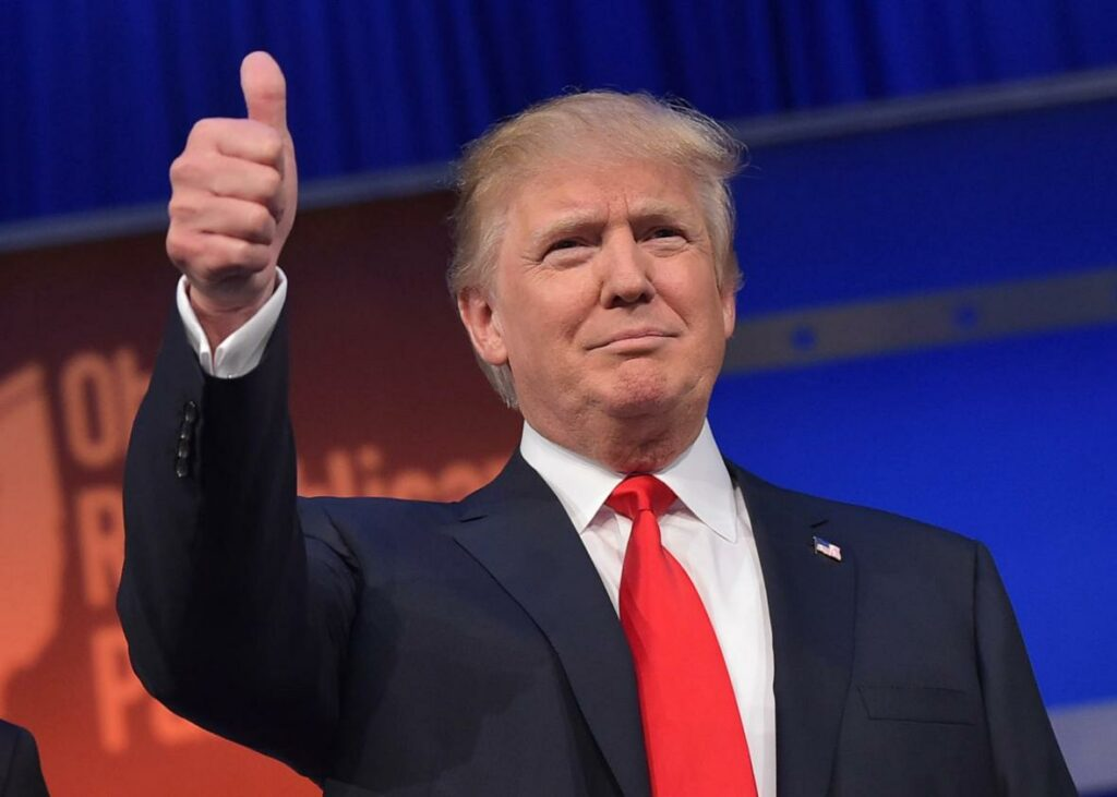 Crece en 9 % la popularidad de Trump tras las elecciones