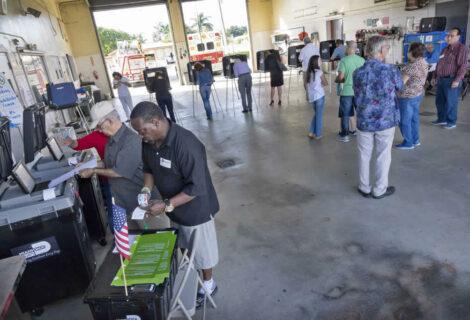 Más de la mitad de votantes en estado clave de #Florida votaron con antelación