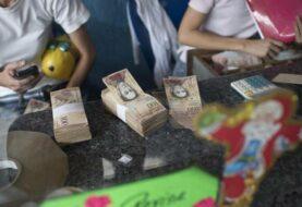 Maduro extiende hasta el 20 de enero vigencia del billete de 100 bolívares
