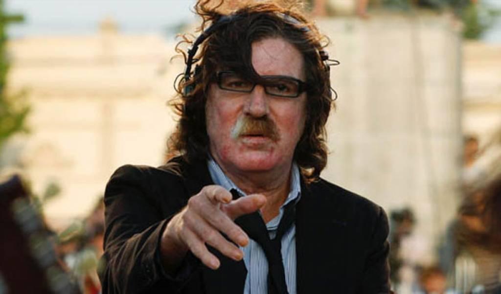 Hospitalizan a músico argentino Charly García por un cuadro de fiebre alta