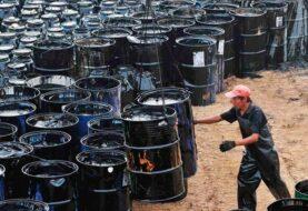 La OPEP prevé más crudo de sus competidores pese al recorte prometido