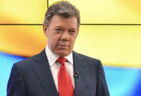 Santos sanciona ley de reforma tributaria colombiana que sube el IVA al 19 %