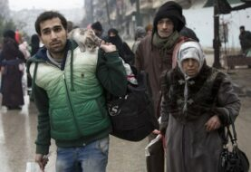 Opositores sirios acusan a Irán de impedir la evacuación en Alepo