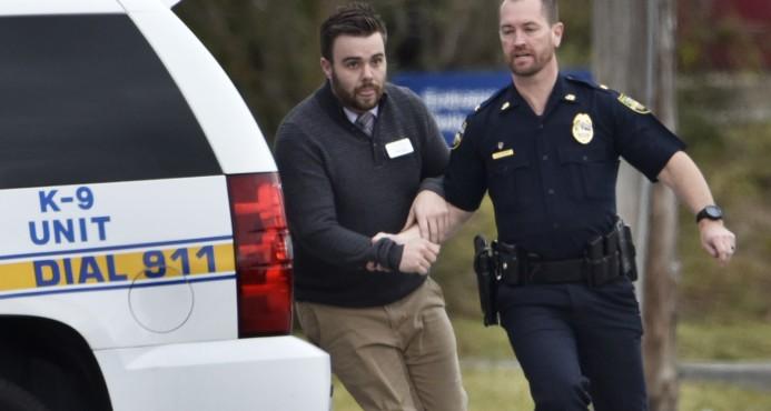 Detienen atracador que retuvo a 11 personas en un banco de Florida (EE.UU.)
