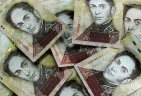 Venezolanos denuncian que en Colombia ya no aceptan billetes de 100 bolívares