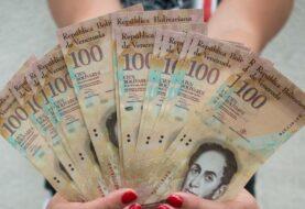 Billete de 100 bolívares vuelve a circular en Venezuela con aura de desprecio