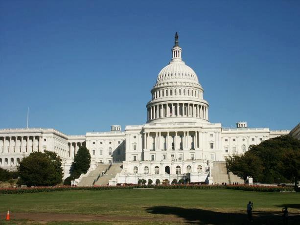 Congreso de EEUU aprueba presupuesto hasta final de abril tras sí del Senado
