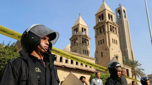 25 Muertos y 49 heridos por el atentado contra la Catedral copta de El Cairo