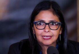 Delcy Rodríguez denuncia confabulación al prohibirse su entrada a cita del Mercosur