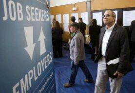 Las solicitudes semanales del subsidio por desempleo en EE.UU. bajan en 4.000