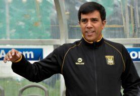César Farías gana su primer título internacional con The Strongest boliviano