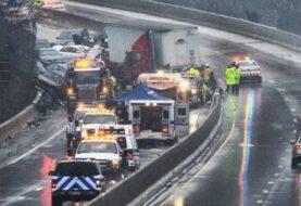 Dos muertos en accidente múltiple por el hielo en autopista de Baltimore