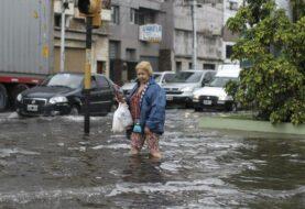 Cientos de evacuados por inundaciones en Argentina tras temporal de lluvia