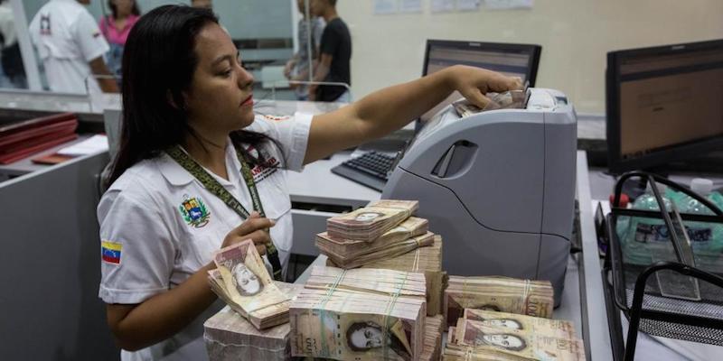 Bancos privados venezolanos siguen a la espera de nueva familia de billetes