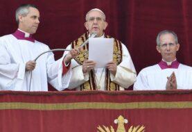 El papa dice que actual persecución de cristianos es mayor e igual de cruel