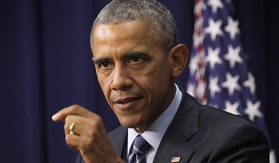 """Obama honra la generación de Pearl Harbor, """"espina dorsal de la clase media"""""""