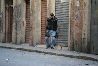 Casi 30 años de cárcel para comisario venezolano por muerte en protestas 2014