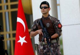 Turquía detiene a 235 personas por vínculos con la guerrilla kurda