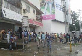 450 locales afectados por saqueos en estado venezolano