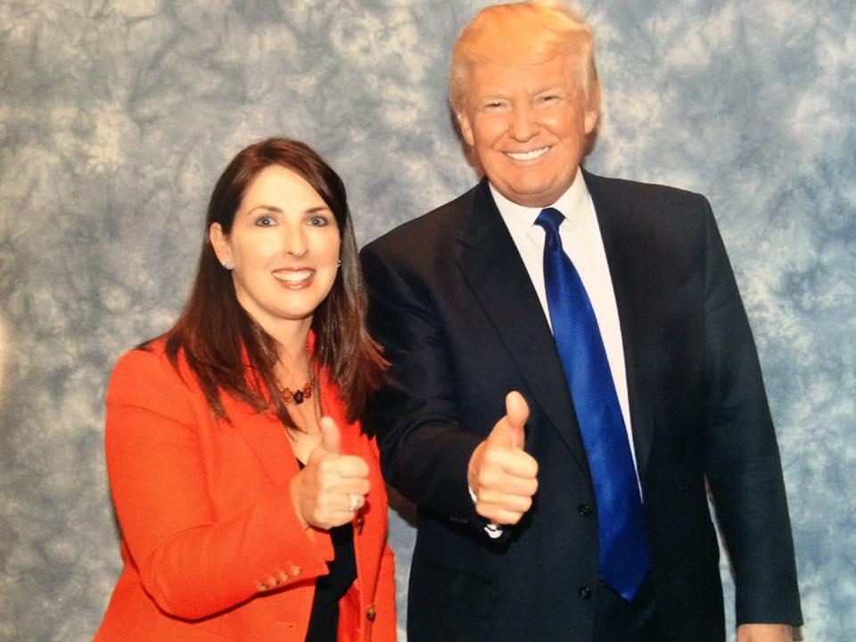 Partido Republicano elige a sobrina de Romney como nueva presidenta