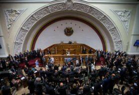 Cámara venezolana pide a poderes cesar actuaciones que limitan derecho a voto